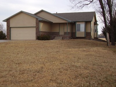 Newton Single Family Home For Sale: 1700 S Anderson