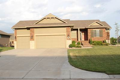 Wichita KS Single Family Home For Sale: $298,500