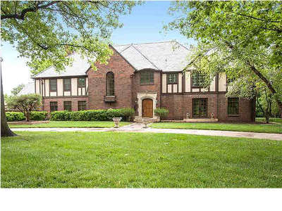 Wichita Single Family Home For Sale: 360 N Terrace Dr