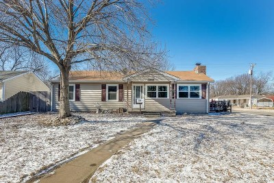 Haysville Single Family Home For Sale: 301 S Van Arsdale Ave