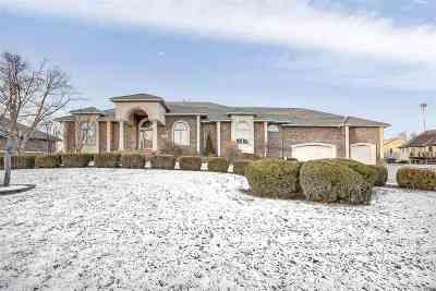 Wichita Single Family Home For Sale: 6506 W School Cir