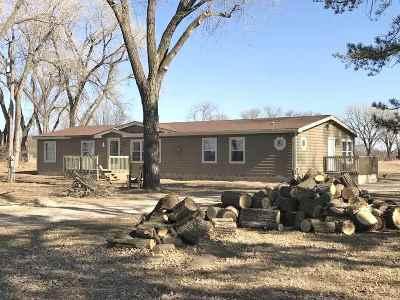 Belle Plaine Single Family Home For Sale: 1138 N Oliver Rd