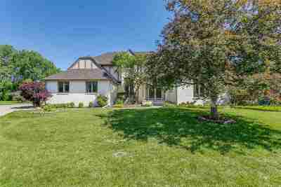 Wichita Single Family Home For Sale: 1152 N Linden Circle