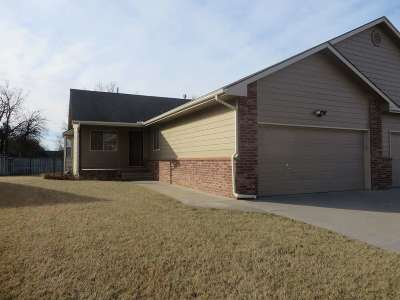 Andover Single Family Home For Sale: 1302 Glancey