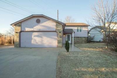 Mulvane Single Family Home For Sale: 107 Chestnut Dr