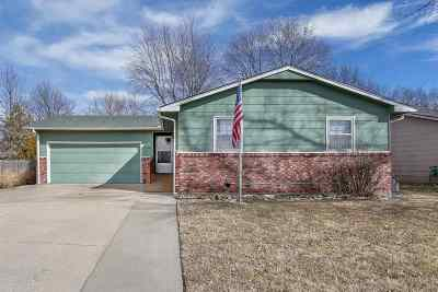Mulvane Single Family Home For Sale: 1420 Louis Dr