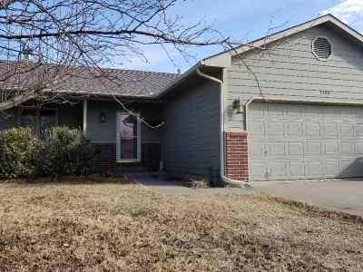 Belle Plaine Single Family Home For Sale: 1130 N Burrows St
