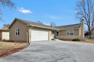 Mulvane Single Family Home For Sale: 1204 N 1st Ave