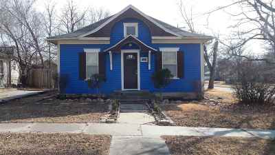 Winfield KS Single Family Home For Sale: $47,500