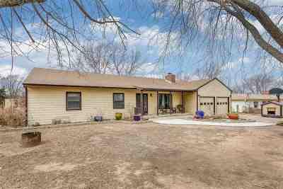 Arkansas City KS Single Family Home For Sale: $189,900