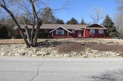 Arkansas City KS Single Family Home For Sale: $179,900
