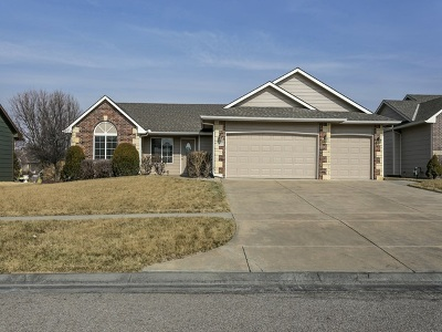 Derby Single Family Home For Sale: 912 E Moss Wood St