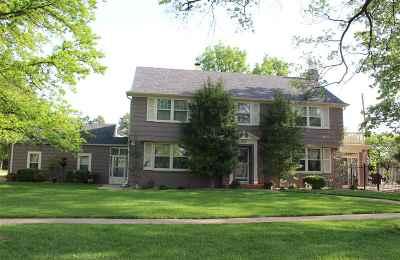 El Dorado Single Family Home For Sale: 420 W Ash Ave.