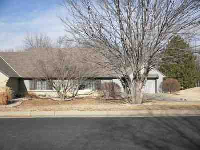 Winfield KS Single Family Home For Sale: $129,500
