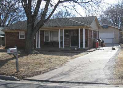 Mulvane Single Family Home For Sale: 325 SE Louis Dr