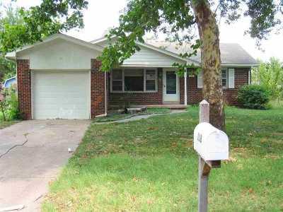Mulvane Single Family Home For Sale: 118 Filmore St