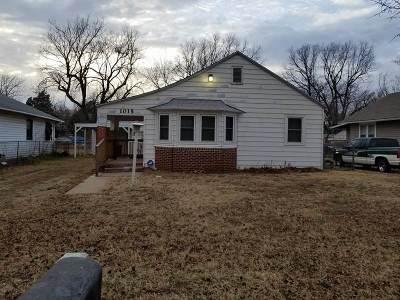 Arkansas City KS Single Family Home For Sale: $26,900