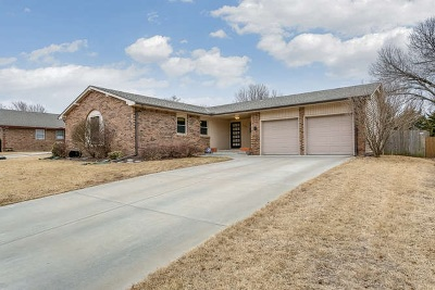 Wichita KS Single Family Home For Sale: $165,000