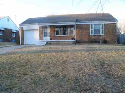 Wichita KS Single Family Home For Sale: $92,500