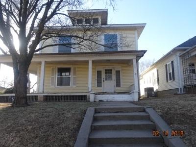 Wellington Single Family Home For Sale: 708 N F St