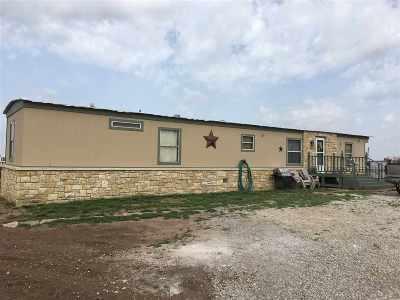 Arkansas City KS Single Family Home For Sale: $49,500