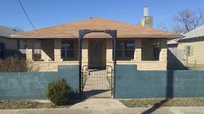 Arkansas City KS Single Family Home For Sale: $75,000