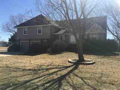Harvey County Single Family Home Contingent: 624 Meadowlark Ln