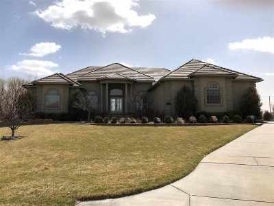 Wichita Single Family Home For Sale: 3007 N Den Hollow Circle