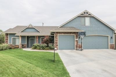 Mulvane Single Family Home For Sale: 944 E Rivera Ct
