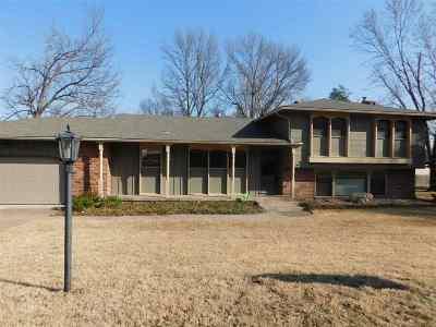 Arkansas City KS Single Family Home For Sale: $185,000