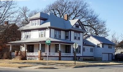 Newton Single Family Home For Sale: 224 E 1st St