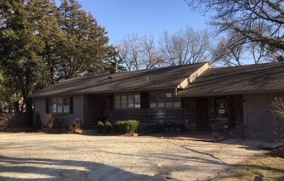 Newton Single Family Home For Sale: 1309 W Broadway St