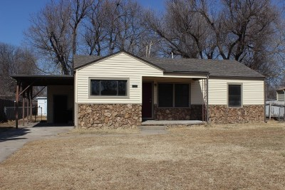 Wichita KS Single Family Home For Sale: $89,900