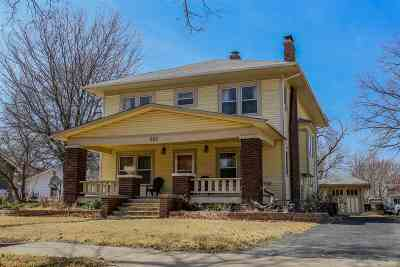 Sedgwick Single Family Home For Sale: 609 N Madison Ave