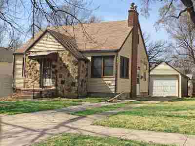 Newton Single Family Home For Sale: 409 N Duncan St