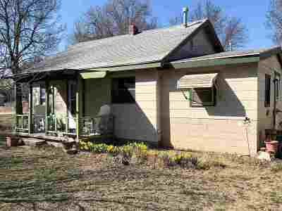 Arkansas City KS Single Family Home For Sale: $23,000