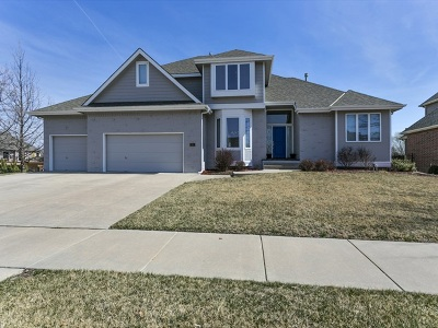 Wichita Single Family Home For Sale: 1910 N Frederic Circle