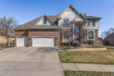 Wichita Single Family Home For Sale: 12128 E Killenwood Dr