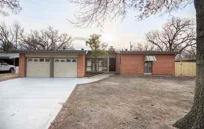 Wichita Single Family Home For Sale: 1010 Harding St