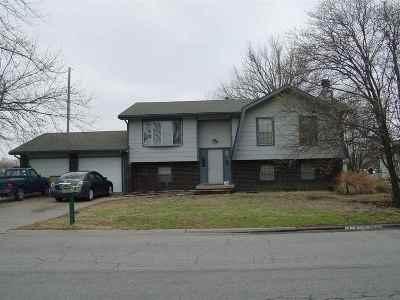 Douglass Single Family Home For Sale: 1002 E 6th