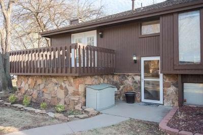 Wichita Single Family Home For Sale: 2421 S Yellowstone
