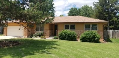Andover KS Single Family Home For Sale: $167,900
