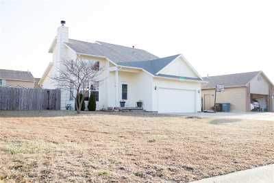 Augusta Single Family Home For Sale: 49 Arnold Dr