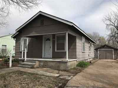 Arkansas City KS Single Family Home For Sale: $26,500