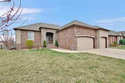 Wichita Single Family Home For Sale: 1822 N Peckham Cir