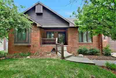 Wichita Single Family Home For Sale: 2310 N Pepper Ridge Cir