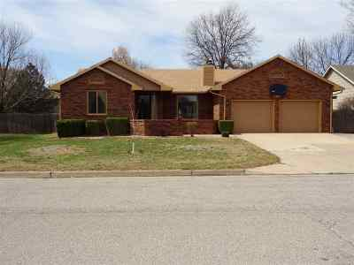 Single Family Home For Sale: 411 S Fieldcrest