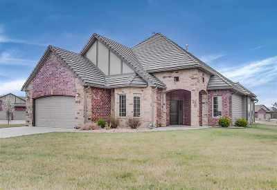 Bel Aire Single Family Home For Sale: 5075 E Hampton