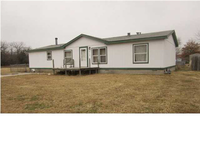 Wellington Single Family Home For Sale: 415 E Walnut St