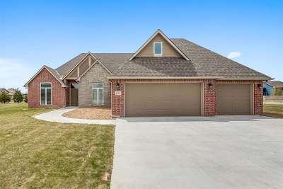 Bel Aire Single Family Home For Sale: 5131 E Remington St